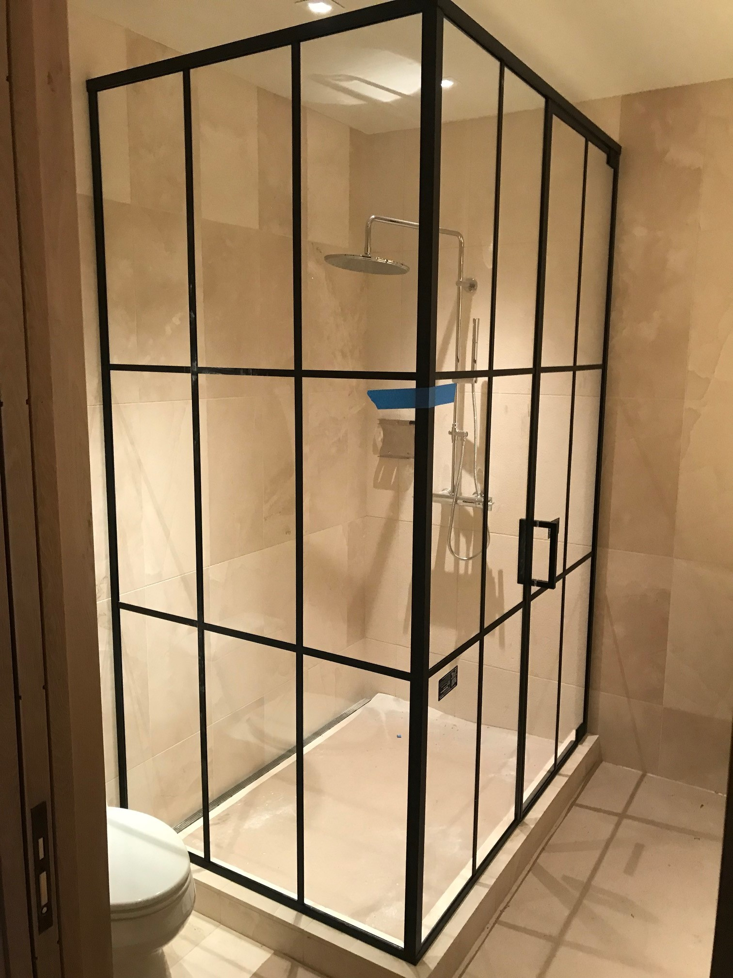 Shower doors 3-JPAG.JPG